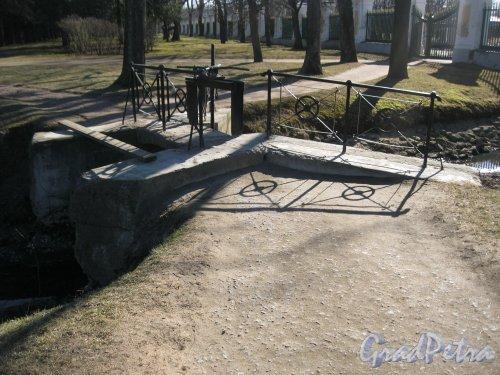 г. Петергоф, Верхний парк. Старая плотина. Фото 9 апреля 2014 г.