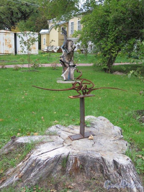 Ботанический сад, Выставка скульптуры. фото сентябрь 2014 г.
