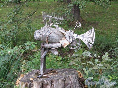 Ботанический сад, Металлическая скульптура. фото сентябрь 2014 г.