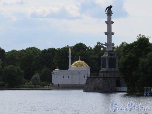 Екатерининский парк. Турецкая баня с берега Пруда. фото июль 2015 г.