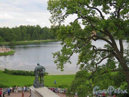 Екатерининский парк (Пушкин). Камеронова галерея, Вид с галереи 2 этажа на Большой пруд. фото июль 2015 г.