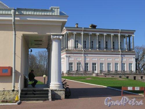 Луговой парк. Гостиница «Бельведер», 1953-1954. КПП Гостиницы и Дворца Бельведер. фото май 2016 г.