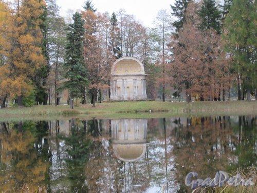 Гатчинский парк (Дворцовый). Павильон Орла («Темпль»), 1792, арх. В. Бренна. фото октябрь 2017 г.