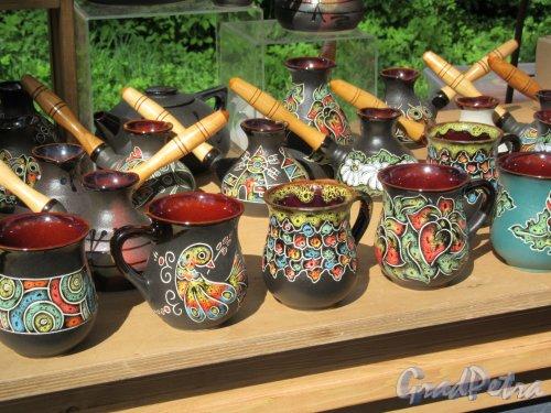 ЦПКиО. VI фестиваль тюльпанов в 2018 г. Образцы авторской керамики. фото май 2018 г.