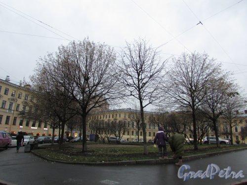 Восточная часть Семёновского сквера. Фото 13 ноября 2019 года.