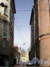 Тупиковый проезд от Заячьего переулка на север, за домами 51-57 по Суворовскому проспекту. Фото апрель 2009 г.
