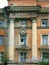Морской пер., д. 3, лит. Р (угловой корпус). Фрагмент фасада. Вид с Дровяной улицы. Фото июль 2009 г.