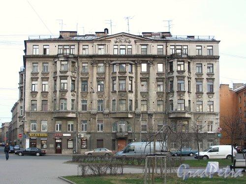 Пер. Талалихина, д. 3 / ул. Яблочкова, д. 22. Фасад по переулку Талалихина. Фото апрель 2011 г.