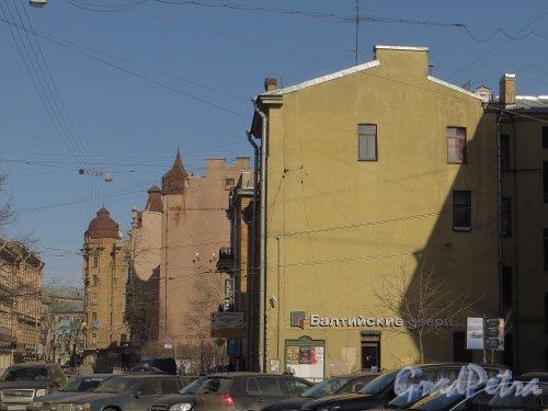 Перспектива переулка Нестерова от улицы Блохина в сторону Большой Пушкарской улицы. Фото 22 марта 2014 года.