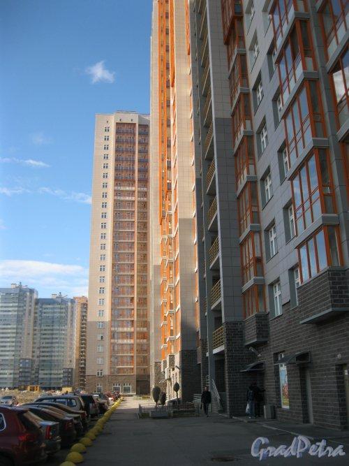 Лыжный пер., дом 2. Общий вид со стороны двора. Фото 15 апреля 2014 г.