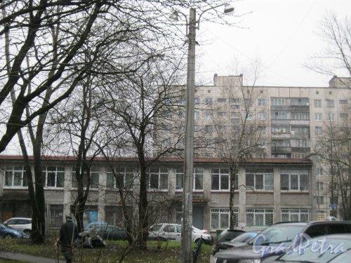 Альпийский пер., дом 18. Фрагмент здания. Фото 3 ноября 2014 г.