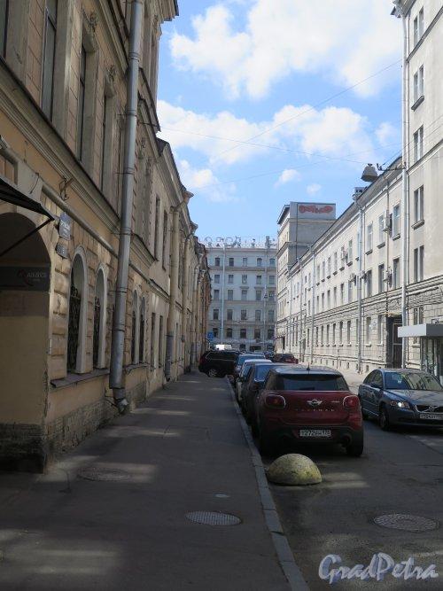 Орловский переулок. Вид переулка от 2-й Советской ул. фото май 2017 г.