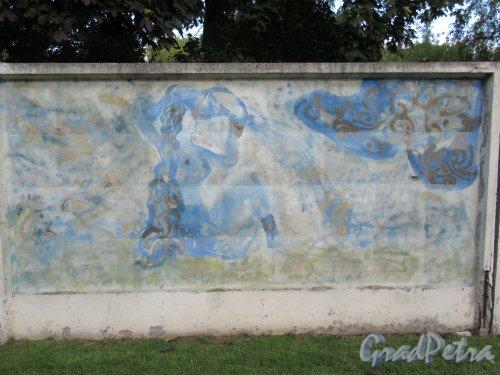 Таврический пер., д. 2-10. Граффити на тему «Вода- источник жизни». Панно 4. фото сентябрь 2017 г.