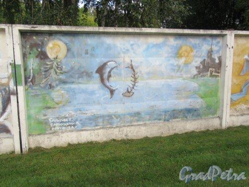 Таврический пер., д. 2-10. Граффити на тему «Вода- источник жизни». Панно 19. фото сентябрь 2017 г.