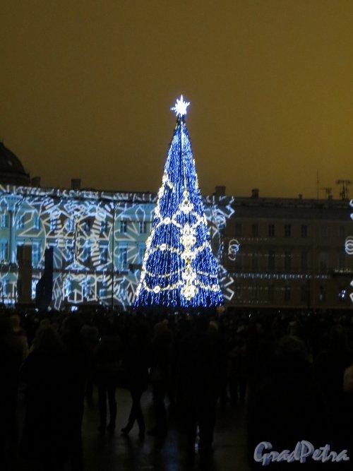 Новогодняя ёлка 2015 года на Дворцовой площади. Фото 1 января 2015 года.