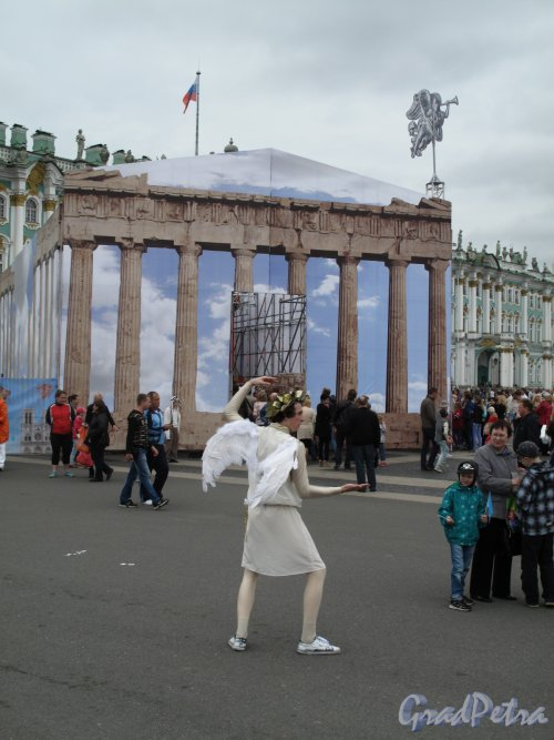 «Парфенон» на Дворцовой пл. фестиваль «В гостях у Ангела» фото 1 июня 2014 г.