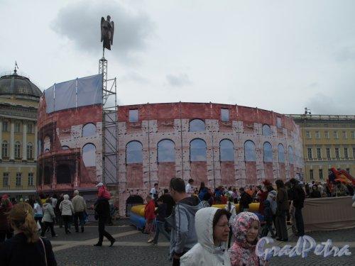 «Колизей» на Дворцовой пл. фестиваль «В гостях у Ангела» фото 1 июня 2014 г.