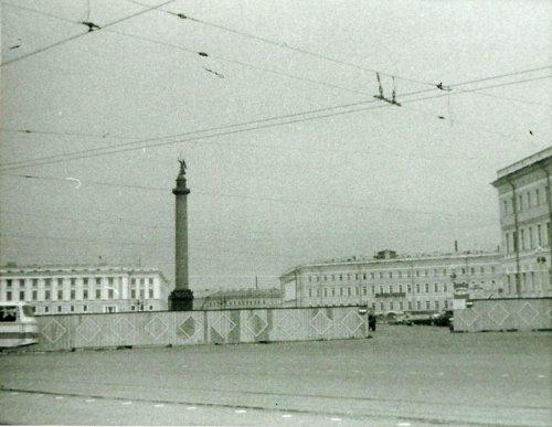 Ремонт Дворцовой Площади. Автор: Майкл Нойберт. 1976-1977 годы.