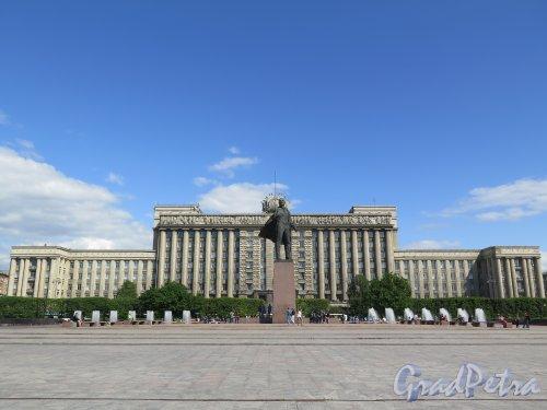 Московская пл. Общий вид с Московского пр. (четная сторона) фото июнь 2015 г.