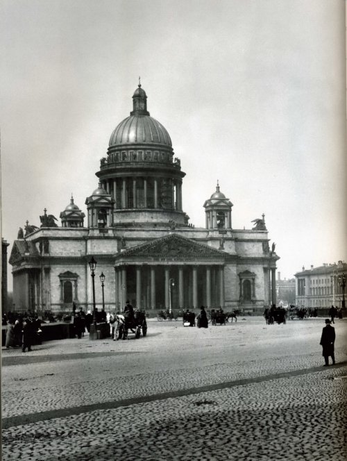Исаакиевская пл., дом 4. «Исаакиевская площадь». Фото начало XIX века.