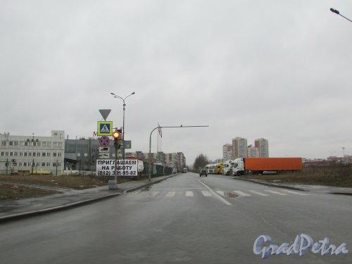 Перспектива Грузового проезда от Софийской улицы в сторону Карпатской улицы. Фото 16 февраля 2020 г.