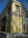 Пр. Стачек, дом 20, литера В. Общий вид здания. Фото 28 марта 2014 г.