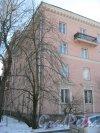 Скобелевский пр., дом 17. Фрагмент здания со стороны Костромского пр. Фото 18 марта 2014 г.