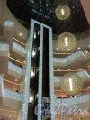 Новогоднее оформление внутри ТРЦ «Галерея». Фото 7 января 2011 года.