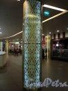 ТРЦ «Галерея». Световой столб . Фото 7 января 2011 года.
