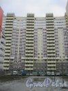Пр. Героев, дом 24, корпус 2. Фрагмент фасада. Фото 29 декабря 2015 г.