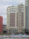 Ленинский пр., дом 53, корпус 1. Вид с пр. Героев. Фото 29 декабря 2015 г.