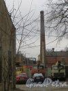 Московский проспект, дом 83. Вид на трубу котельной со стороны Малой Митрофаньевской улицы. Фото 17 апреля 2015 года.