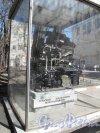 наб. реки Карповки, дом 5. Завод «Полиграфмаш». Двор, Экспонат выставки изделий завода.  Фото апрель 2014 г.