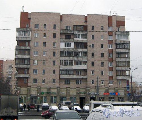 Ленинский пр., дом 117, корпус 1. Фрагмент здания. Вид со стороны дома 119, литера А. Фото 12 января 2014 г.