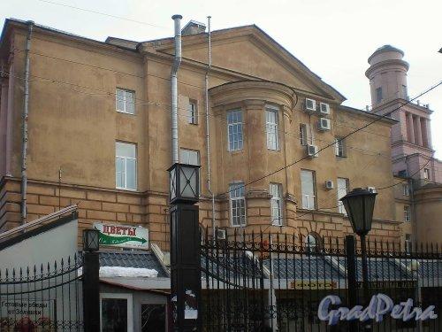 Кронверкский пр., д. 49. Вид торца здания от Сытнинской площади. Фото март 2010 г.