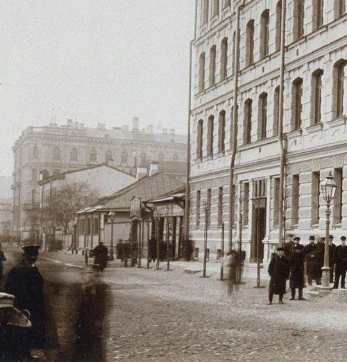 Средний проспект, дом 33. Строения на участке до строительства доходного дома. Фото 1897 года.