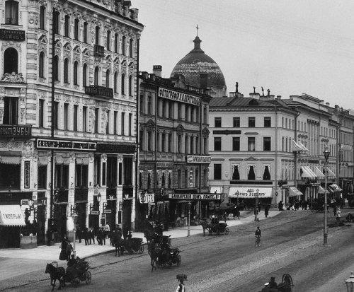 Дом О. К. Жуковской на Невском проспекте, 28. Фото конца XIX века.
