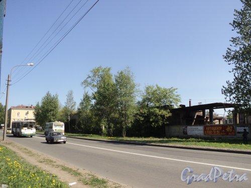 проспект Энергетиков, дом 9. Вид на участок со стороны проспекта Энергетиков. Фото 21 мая 2011 года.