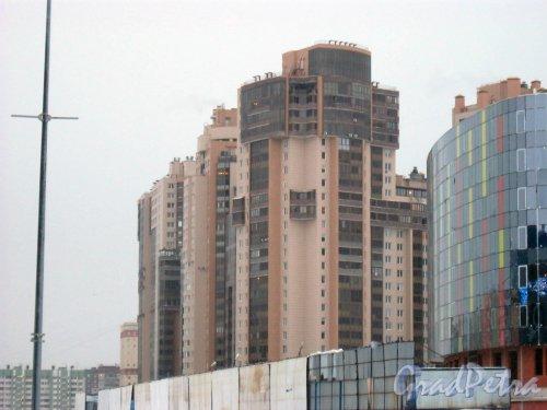 Приморский пр., д. 137, корпус 1. Жилой комплекс «Золотая гавань». Фото 8 января 2015 г.