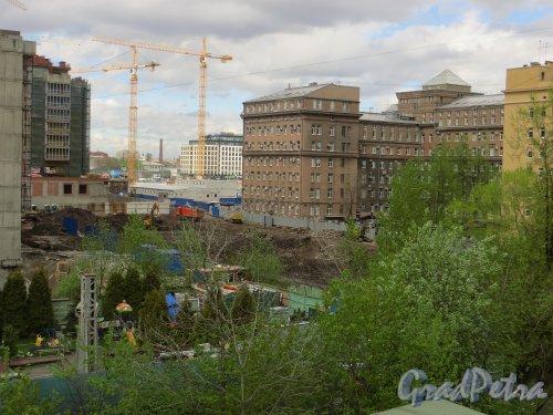 Московский проспект, дом 141, литера А. Участок после сноса аварийного здания. Фото 15 мая 2015 года.