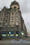 Измайловский пр., д.16. Угловая часть здания.
