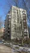 Проспект Тореза, дом 90. 9-этажный жилой дом серии 1-528кп40 1962 года постройки. 1 парадная, 45 квартир. Фото 13 марта 2016 года.