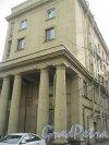 Пр. Обуховской Обороны, дом 229. Фрагмент торцевой части здания. Фото 17 марта 2016 г.