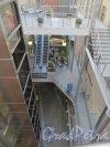 Средний проспект В.О., дом 36 / 9-я линия В.О., дом 40. Атриум коммерческого центра «Остров». Фото 14 марта 2014 года