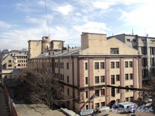 Чкаловский пр., дом 50. Общий вид здания бывшей церкви преп. Алексия Человека Божия, перестроенное для завода «Измеритель». Фото 25 апреля 2011 года.