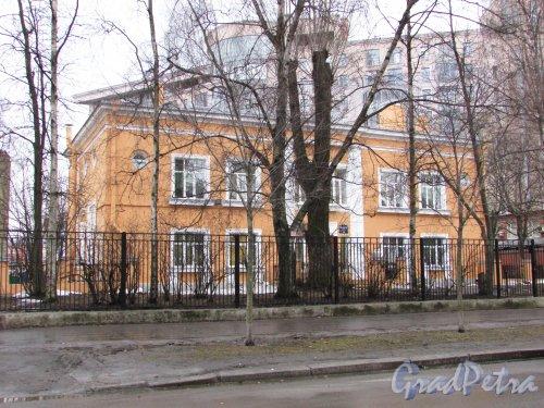 Левашовский проспект, дом 16. Общий вид здания Детского сада №69 Петроградского района. Фото 11 февраля 2016 года.