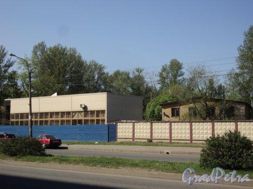 Проспект Энергетиков, дом 4. Общий вид участка. Фото 21 мая 2011 года.