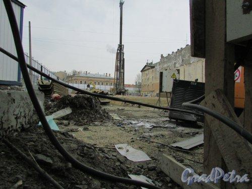 проспект Бакунина, дом 27. Общий вид участка после сноса построек. Фото 26 марта 2016 года.