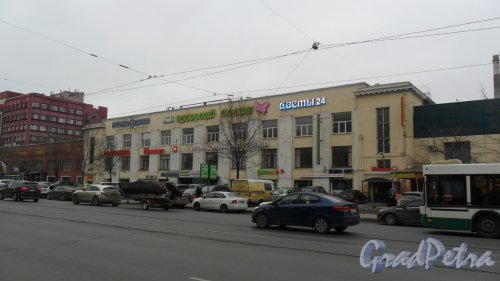 Проспект Энгельса, дом 27, литер Д, центральная часть здания