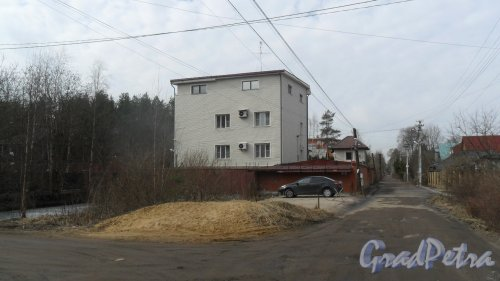 Всеволожск, проспект Льва Толстого, дом 48. Общий вид дома. Фото 12 апреля 2016 года.